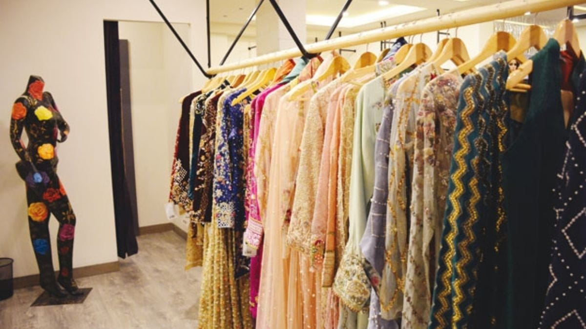23 Top Clothing Brands in Pakistan 2021